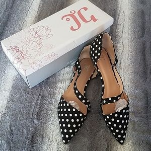 Journee Collection